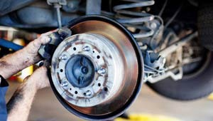 car-brakes-changing-service